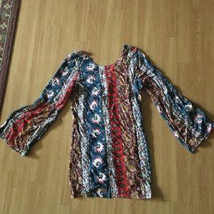 Billabong bell sleeve dress